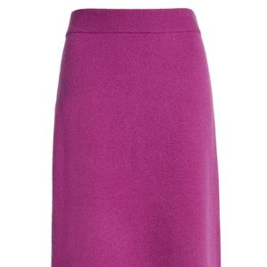 Halogen Pencil Sweater Skirt Size Medium, Purple